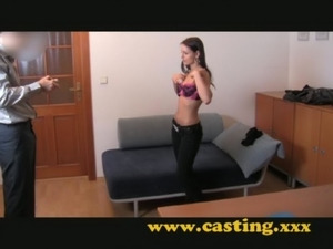 Casting - Beautiful teen brunet ... free