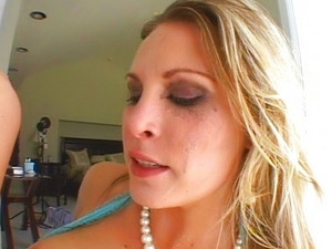Harmony loves it anal and intense