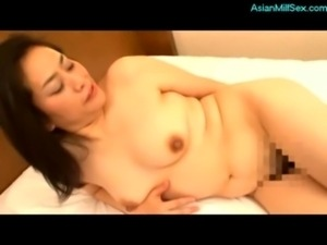 Mature Woman Getting Her Hairy  ... free