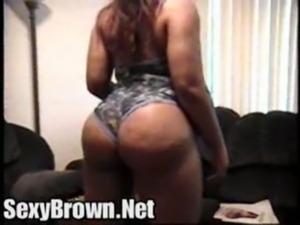 Bubble Butt Ebony Shaking Dat A ... free