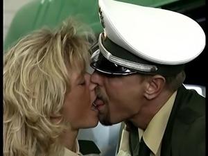 Fuck the POLICE  Diana Kaiser ist die Bullenschlampe  CSp