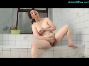 Busty Mature Woman Fingering He ... free