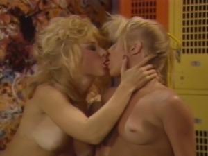 Nina Hartley Danielle- Pumping Flesh (1986)
