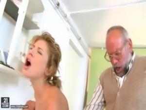 Ioana Fucks The Doctor free