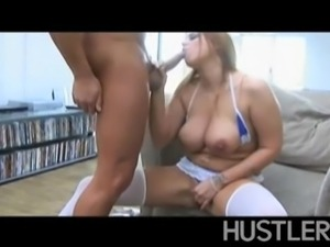 Blond tit MILF Jaylyn Rose gets her moist cougar pussy fucked