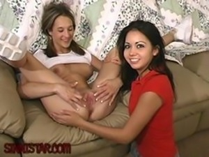 Sinnistar Cindy and Lexy deepthroat teenporn
