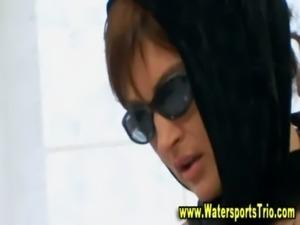 Watersports lesbian threesome g ... free