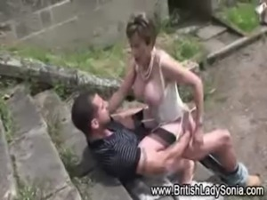 Outdoor fucking Lady Sonia free