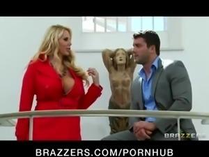 Big beautiful blond MILF Karen Fisher enjoys a good suck & fuck
