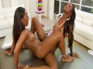 Vanessa Blue and Taylor Starr free