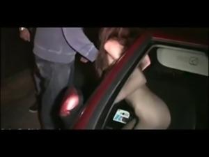 A thin girl  GANG BANG thru CAR ... free