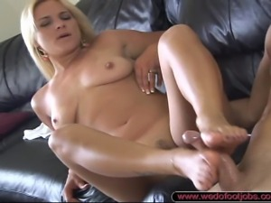 Veronika Raquel came to us and wanted to show us her foot skills! We quickly...