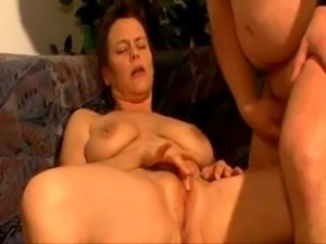 Mature bitch with short hair blows and fucks flat till facial