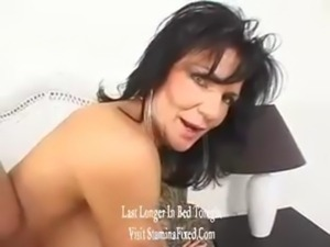 Deauxma Stills Loves Ass Banging At Her Age free