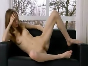 Ultra bony pussy opening on the couch