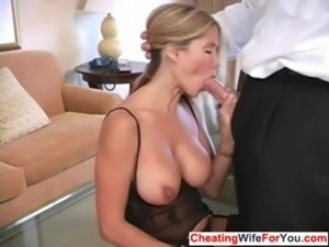Busty MILF loves to swallow free