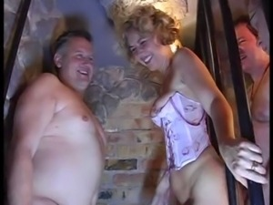 redtube vintage bisexuel orgy french