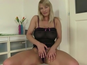 blonde lady has a gorgeous body