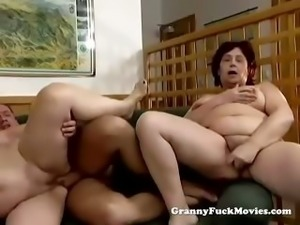 Fat grannies in nasty threesome