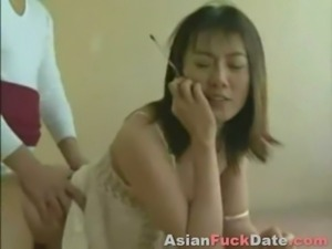 Horny Chinese Housewife free