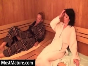 mature ladies naked in sauna free