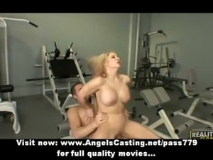 Sporty blonde does blowjob and titsjob and rides cock for pizza guy