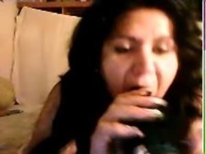 Lupita10 le encanta que le den por el culo,,, le gusta meterse su cepillo free