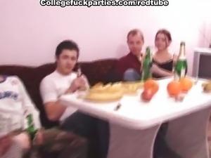 collegefuckparties.com035
