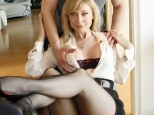 Mature milf Nina Hartley wants a young hard penis