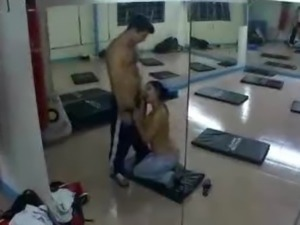 Asian lady sucking and fucking in a gym