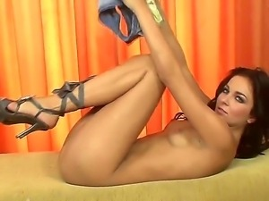 Billy Raise has amazingly slender and fragile-looking body and she willingly...