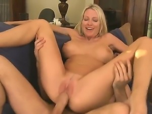 James Deen is driving milf Emma Starr crazy with his wet cunnilingus and...