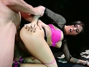 Juelz Ventura gets some real cash by letting her asshole to be drilled by...