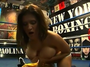 Strong boxer Austin Kincaid got fucked and dick sucked by hot brunette girl...