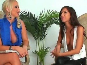 April Oneil interviews tempting females Molly Cavalli on the matters of...