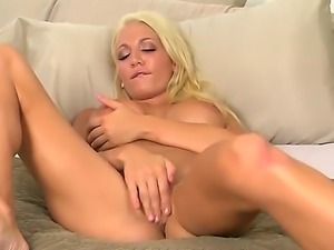 Devon Alexis masturbates at morning, because she likes to begin her day with...