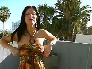 India Summer pefers to show her awesome body in various places and hang out...