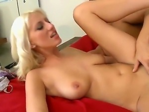 Enjoy delicious luxurious hot blonde Addison ORiley fucking hard with Rocco Reed