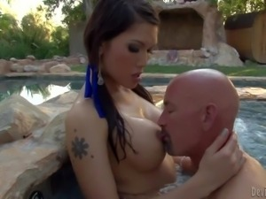 Transsexual chick Eva Lin has fun swimming in the pool