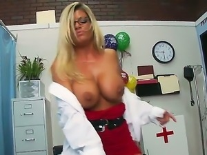 Slutty doctor Kristal Summers could not keep her lusty cunt away from patient...