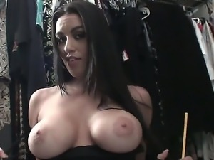 Naughty brunette Megan Jones sticks all sharp things into her vagina to warm...