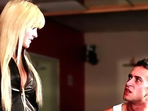 Enjoy hardcore movi with amazing glamourous blonde babes Harmony Hex and...