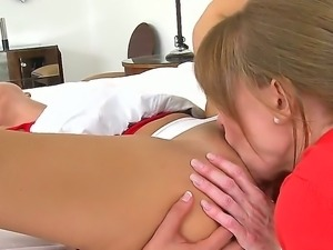 Darla Crane,Jeremy and Riley Reid are having amazing lesbian soft core