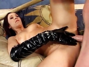 Horny Flick Shagwell latex fuck