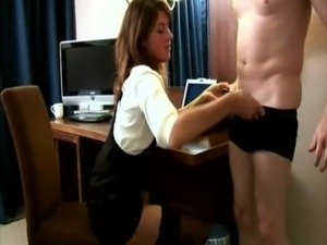 CFNM footjob in the office for the naked stud free