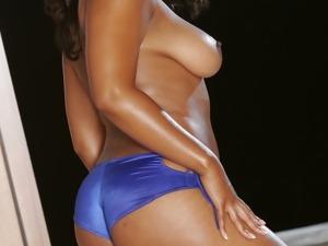 Naughty ebony whore Janae Foxx is being nailed