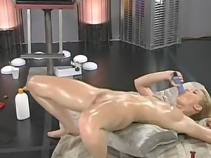 Blonde Justine Joli aka Swan dances and masturbates, part 3 of 3.