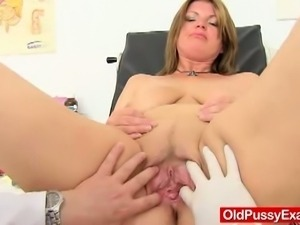 Dirty mature examined by gyno