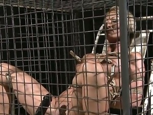 Crazy BDSM scene with a gentle babe Pearl Diamond who gets a ho cunnilingus