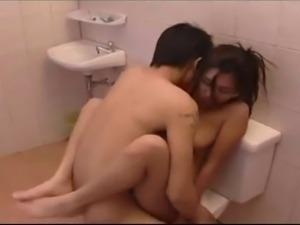 Amateur Teen Asian Babe Couple Cumshots Brunette Blowjob Japan Japanese sex...